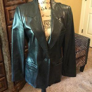 Ellen Tracy Jackets & Coats - Linda Allard Ellen Tracy 100% leather jacket.